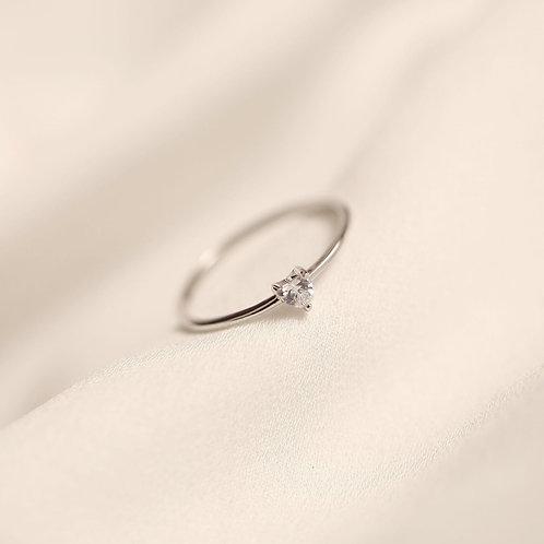Heart CZs ring