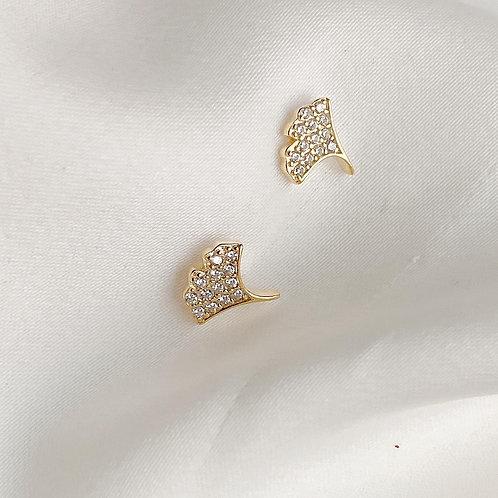 Dainty Gingko leaf earrings