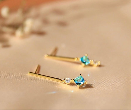 Bar Earring with Baby blue CZ