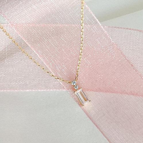 Bagguette necklace