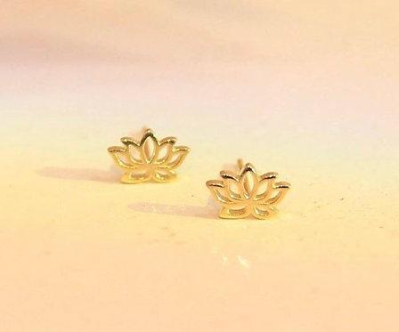 Tiny Lotus earring