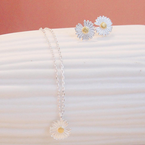 Daisy Flower earring and necklace set