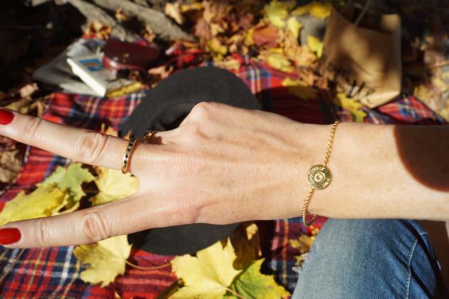 Vergoldetes Armband aus Patronens Model LA CONCENTRATION