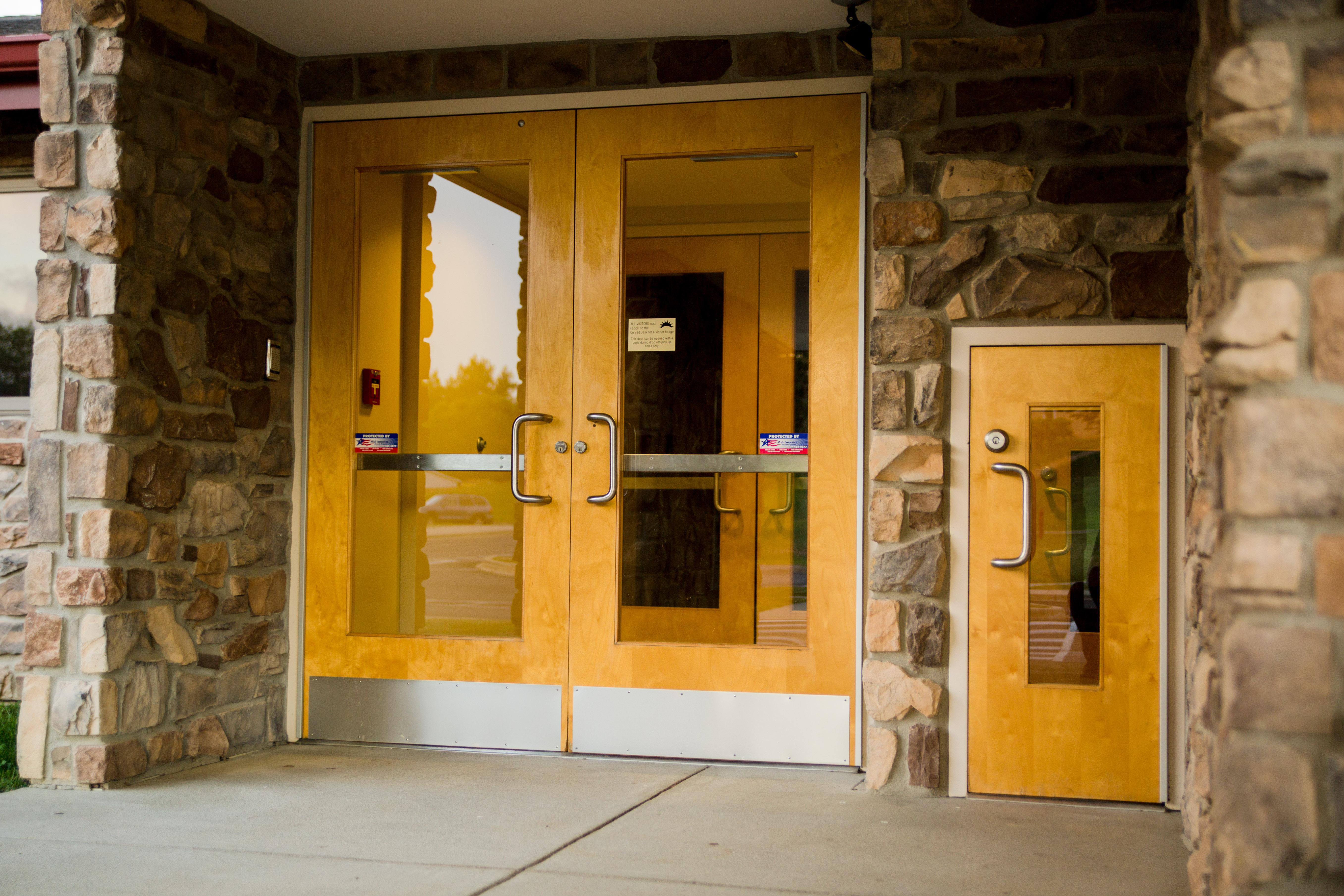 Early ed entrance.