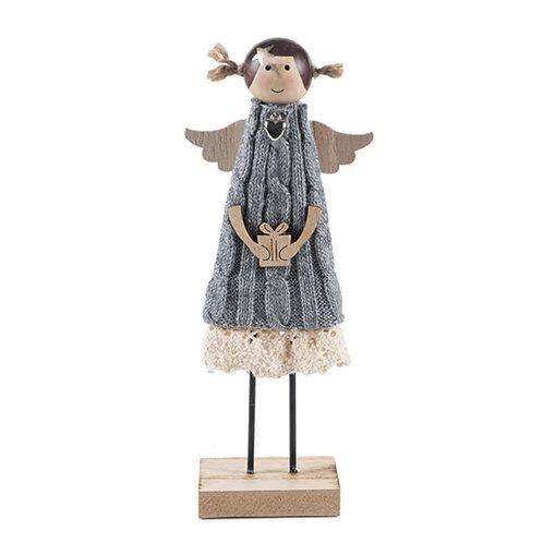 Engel mit Wollkleid