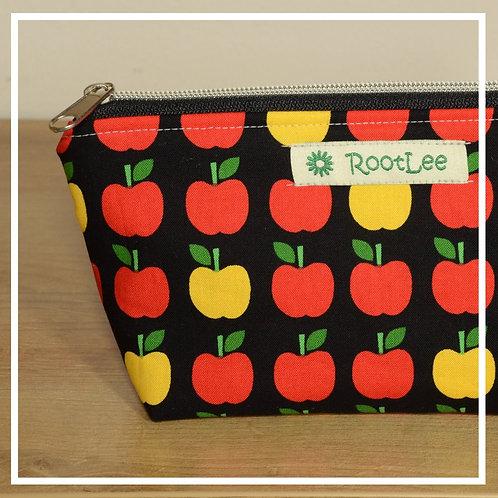 KosmetikTäschchen schwarz/rot-gelbe Äpfel
