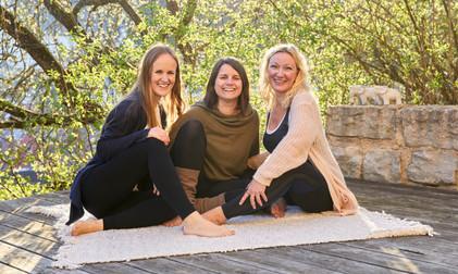 Yogalehrerinnen Yogastudio Fränkische Sc