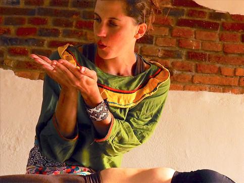 Simona_Amora_Schamanische_Massage_3_edit