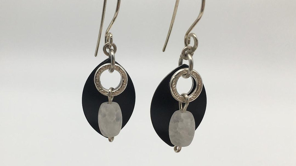 Black Shield with Silver Textured Ring with Frosted Quartz Earrings
