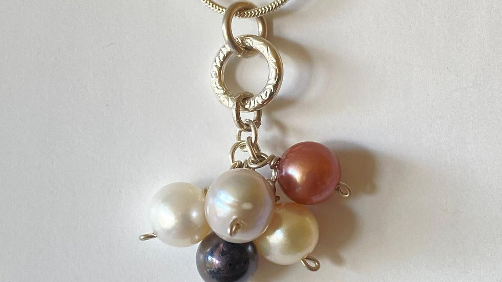 Bunch of Pearls with Silver Circle Necklace