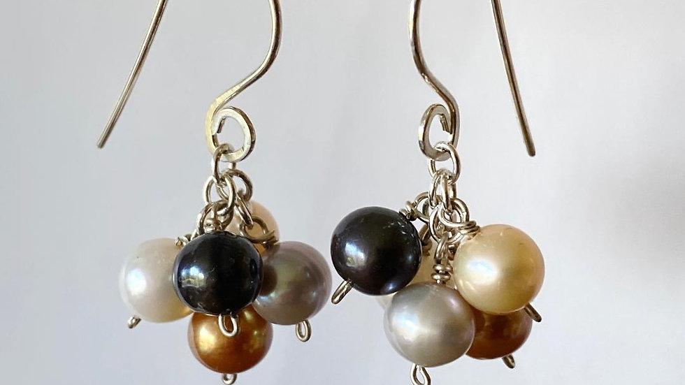 Bunch of Pearls Earrings