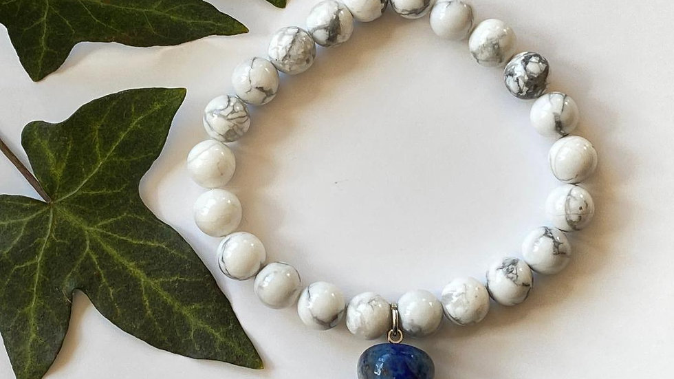 Magnesite Bracelet with Sodalite Apple Charm