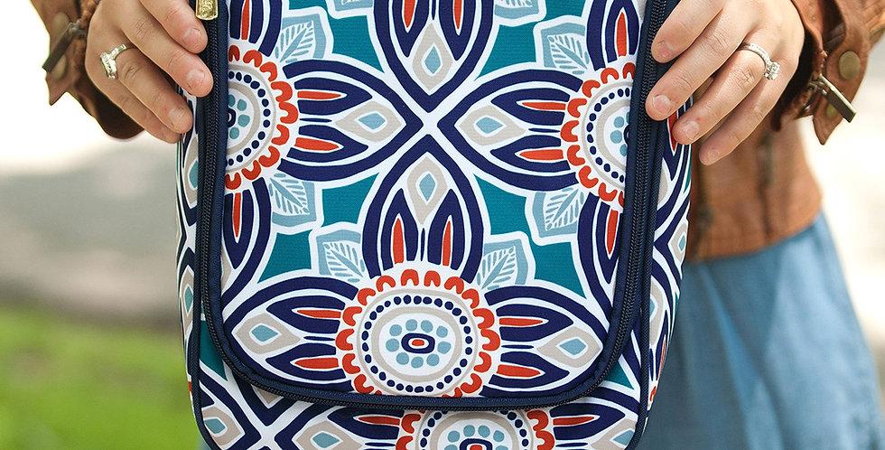 Maya Hanging Travel Case