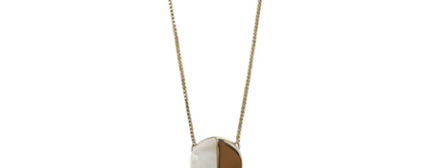 Rockport Acrylic Necklace (Pearl)