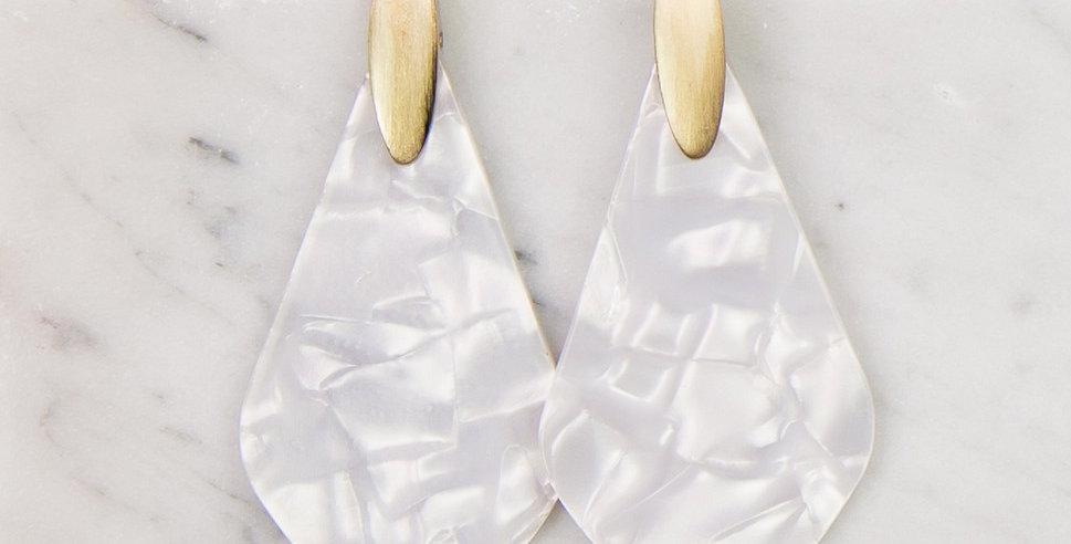 Paris Earrings (Pearl)