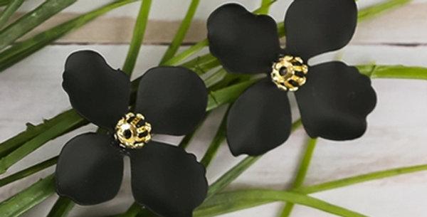 Flower Petal Post Earrings (Black)