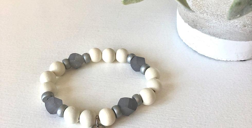 Seaglass Bead Bracelet (Gray)