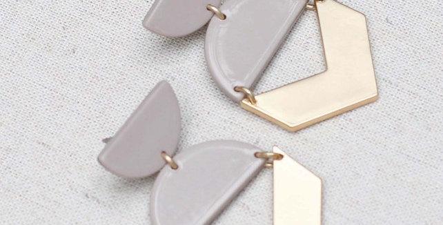 Pia Earrings - Gray