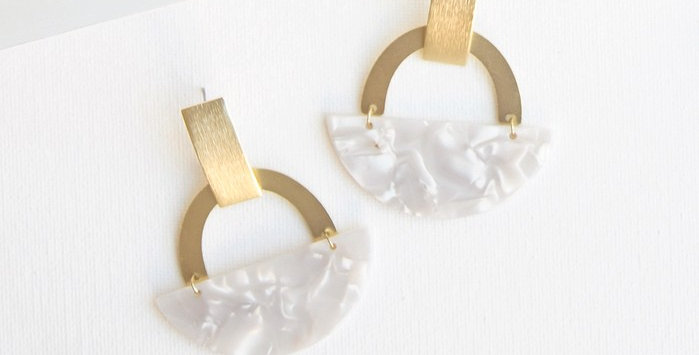 Beseck Earrings