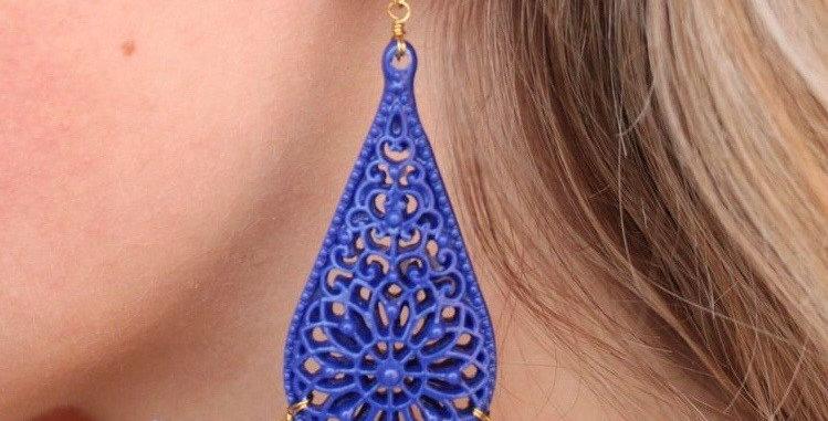 Resin Teardrop Tassel Earrings (Blue)