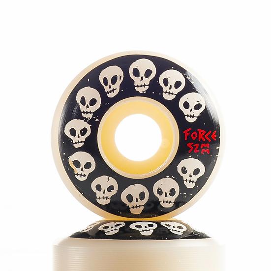 10 Skulls - 52mm