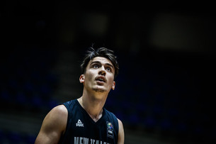 Raukawa stars for Tall Blacks in opening win