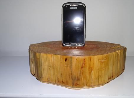 ¿Cómo construir su propio soporte para el teléfono de madera?