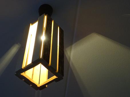 Wäre es nicht schön eine Lampe mit Ihrem eigenen Namen zu versehen?