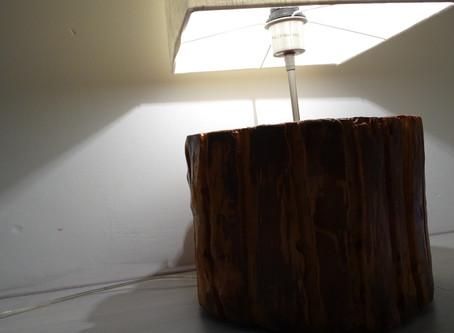 Wowww, che semplice design per una lampada di legno! ...