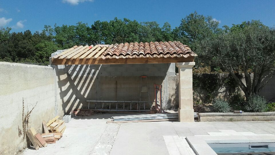 RENOVATION CUCURON 84