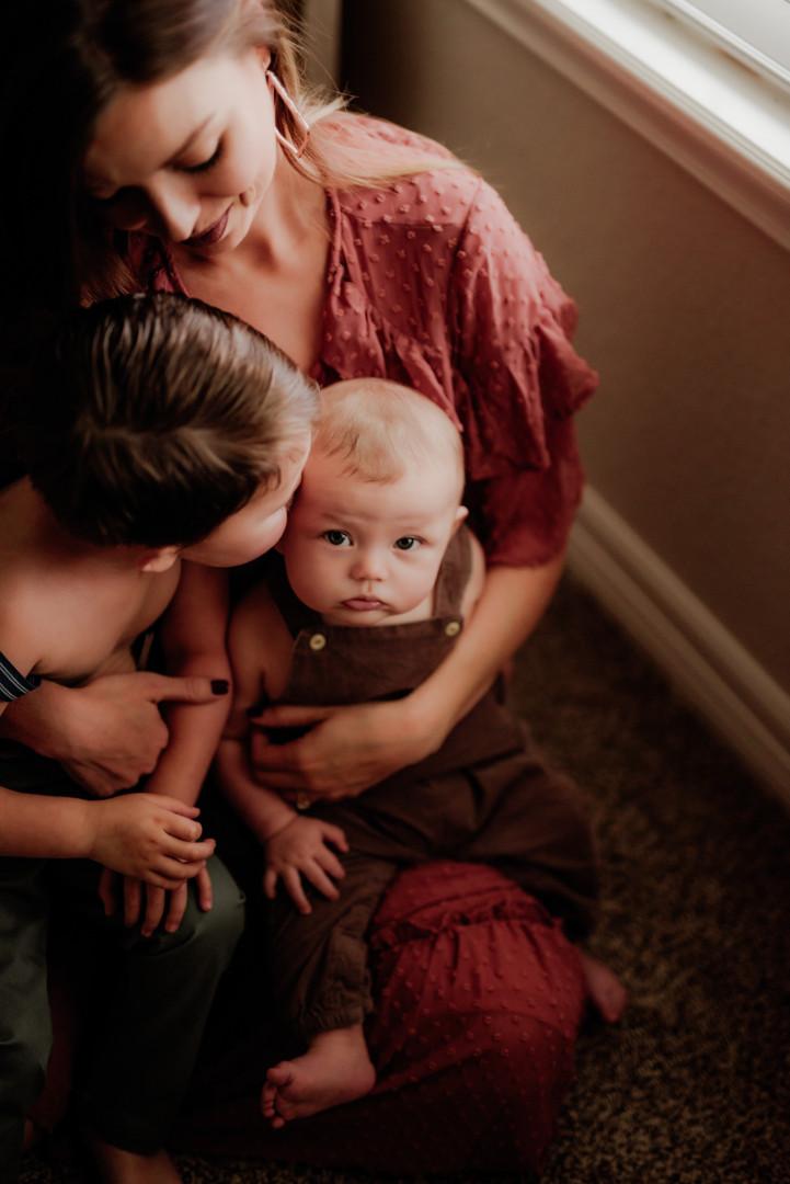 ChelseaMcLurePhoto-MotherhoodJasey-4.jpg