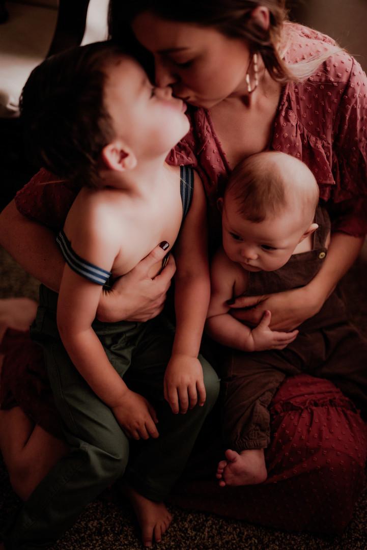 ChelseaMcLurePhoto-MotherhoodJasey-5.jpg