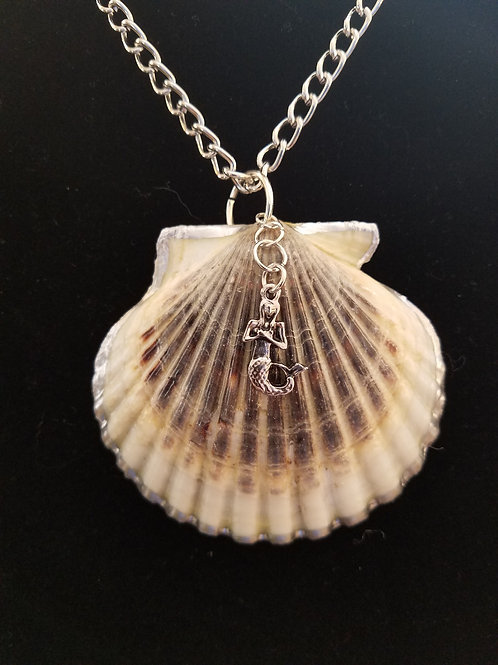Bay Scallop Shell Necklace