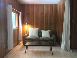 idylwild cottage - the loft - pull out double bed