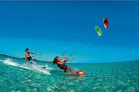 Zavala offer kitesurfing