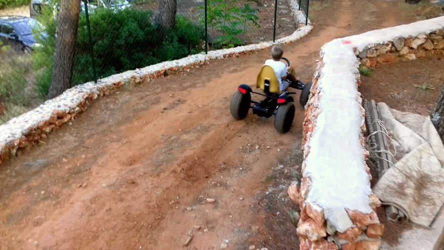 Race- Team building Croatia