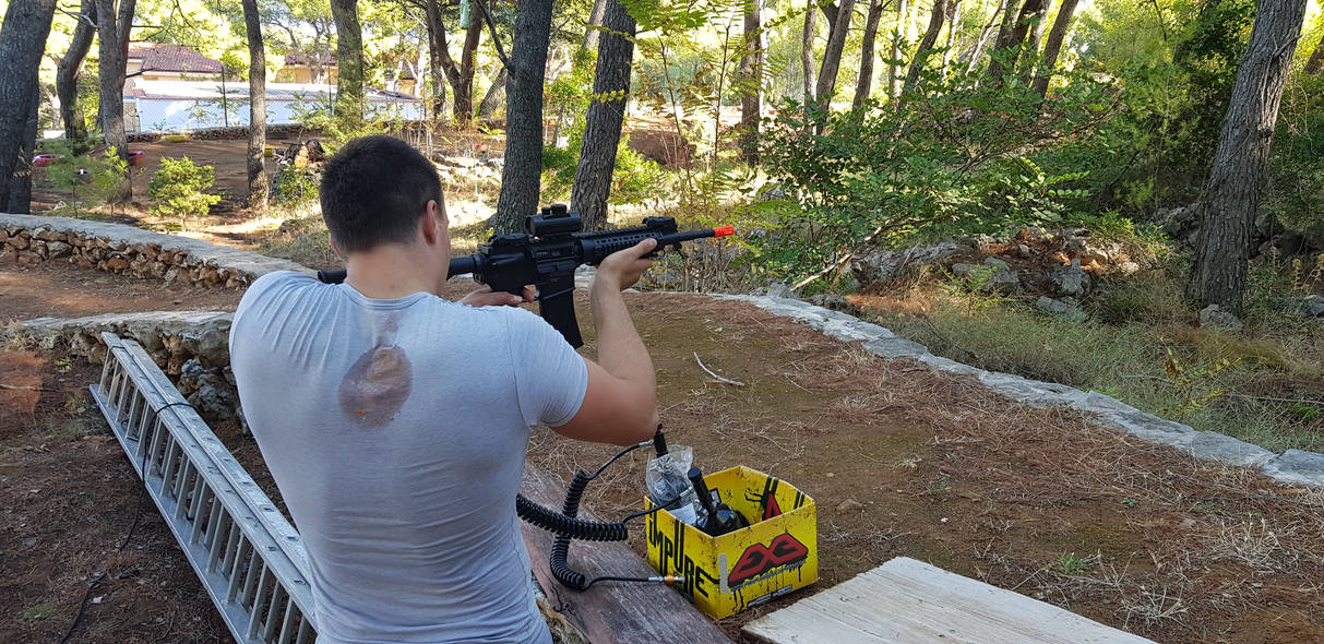 First testing of airsoft replica M4 Carabine
