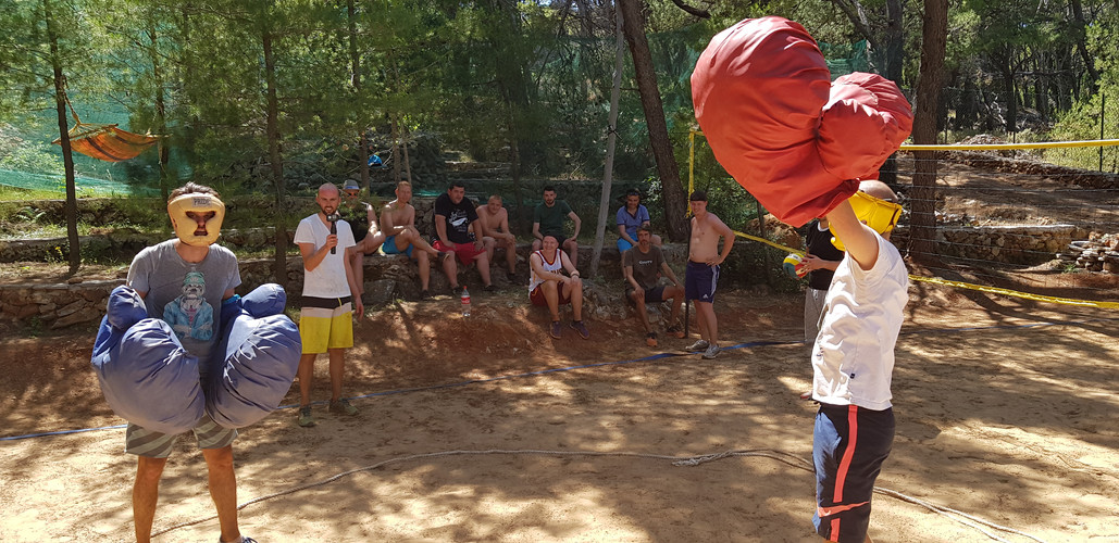 Things to do in Hvar - Giant boxing