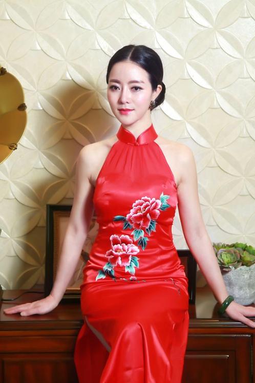 Bespoke Moutan Peony High Slit Red Dress