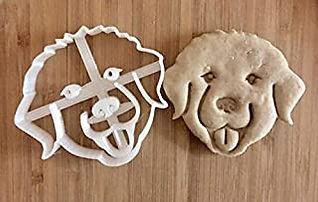 Pyr cookie cutter.jpg