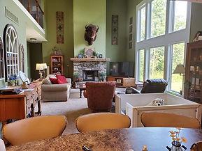 denali in living room whelp box.jpg