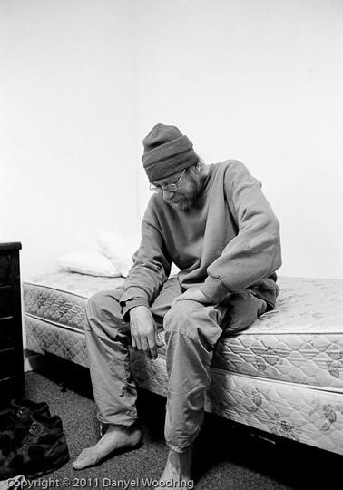 Homeless_Shelter_Residents-1.jpg