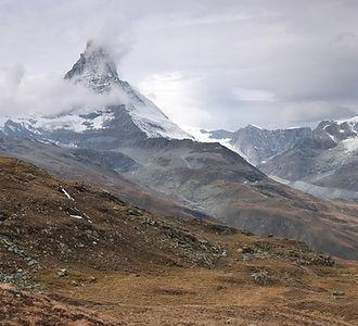 Panoramatrail_Sommer_Wanderungen_Capricorn_Zermatt