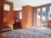 Doppelzimmer_Deluxe_Matterhornblick_Hotel_Capricorn_Zermatt