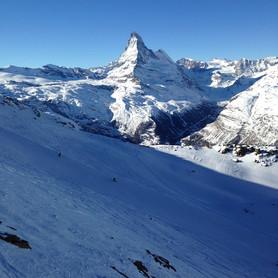 Kumme_Wandern_Capricorn_Zermatt.jpg
