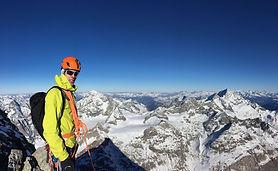 Mani_Wandern_Capricorn_Zermatt.jpeg