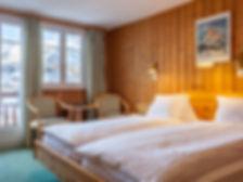 Chambre_Double_Deluxe_vue_MontCervin_Hotel_Capricorn_Zermatt