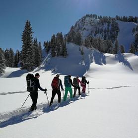 Winterwandern_Wandern_Capricorn_Zermatt.JPG