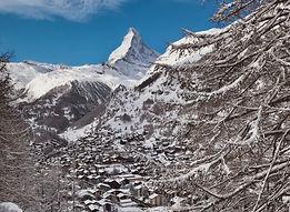 Matterhorn_Riedweg_hotel_capricorn_zermatt