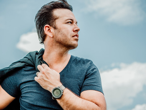 """Lucas Hoge Releases """"Let It Snow"""" Featuring Jamie O'Neal, Available Today"""